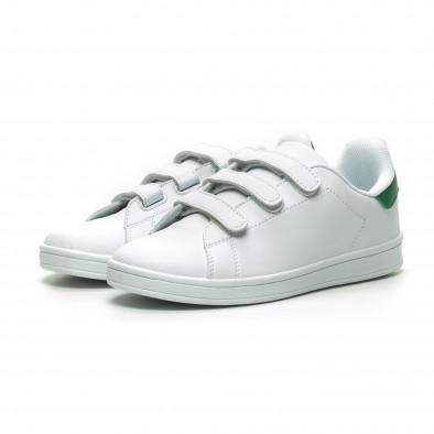 Ανδρικά λευκά sneakers με πράσινη λεπτομέρεια και αυτοκόλλητα it230519-14 3