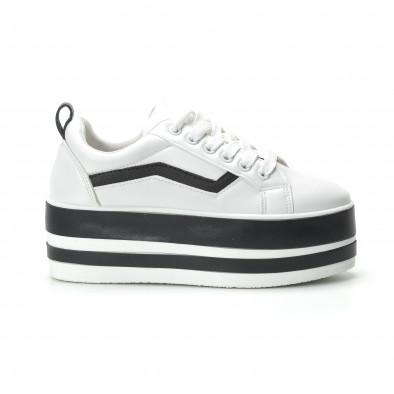 Γυναικεία λευκά sneakers με πλατφόρμα και μαύρες λωρίδες it250119-99 2