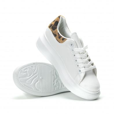 Γυναικεία λευκά sneakers με λεοπάρ λεπτομέρεια it250119-94 4
