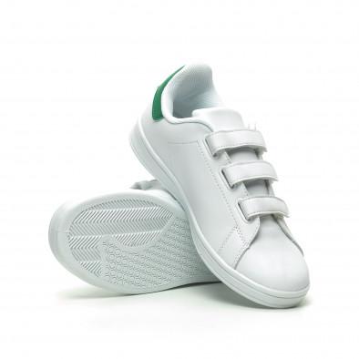 Ανδρικά λευκά sneakers με πράσινη λεπτομέρεια και αυτοκόλλητα it230519-14 4
