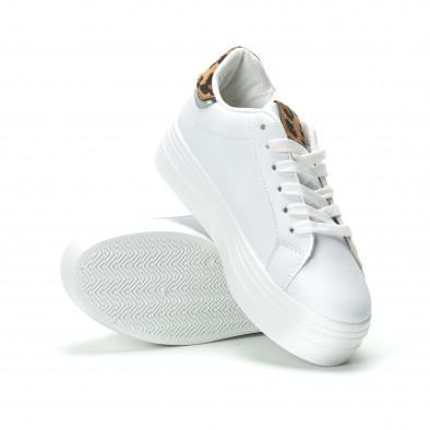 Γυναικεία λευκά sneakers με πλατφόρμα και διακοσμητικό πριντ it250119-52 4