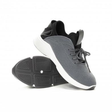 Ανδρικά αθλητικά παπούτσια σε γκρι και μαύρο από συνδυασμό υφασμάτων it221018-38 4