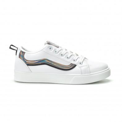 Γυναικεία λευκά sneakers με γυαλιστερή λεπτομέρεια it250119-97 2