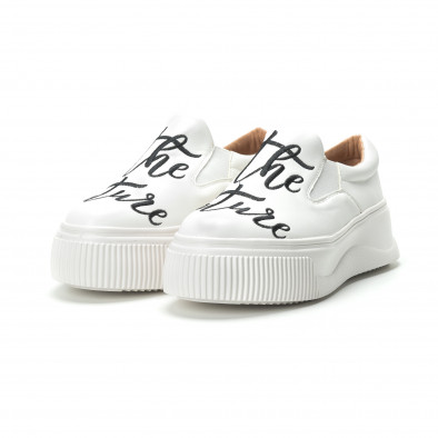 Slip- on γυναικεία λευκά sneakers με μαύρη επιγραφή it250119-42 3