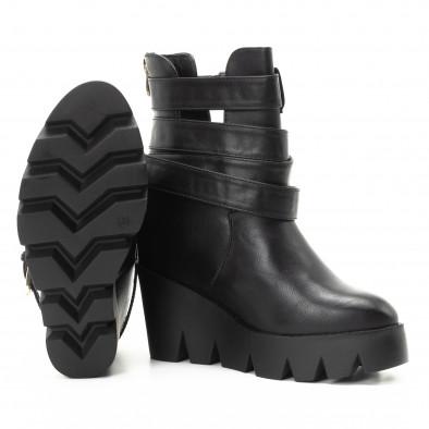 Γυναικεία μαύρα μποτάκια με τρακτερωτή πλατφόρμα it301118-12 4