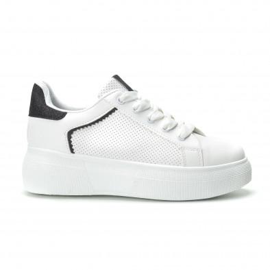 Γυναικεία λευκά sneakers  με λεπτομέρειες από μαύρη χρυσόσκονη it250119-81 2