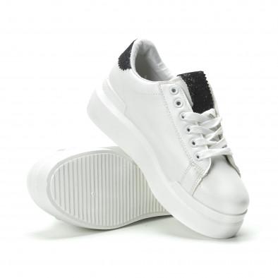 Γυναικεία λευκά sneakers με διακοσμητικές λεπτομέρειες it250119-47 4