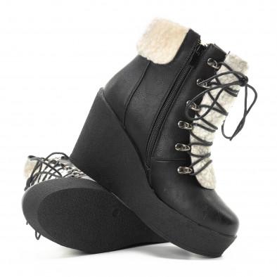 Γυναικεία μαύρα μποτάκια με πλατφόρμα it301118-22 4