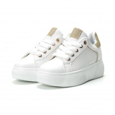 Γυναικεία λευκά sneakers με λεπτομέρειες από χρυσόσκονη it250119-82 3