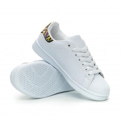 Γυναικεία λευκά sneakers με λεπτομέρεια κέντημα it150319-51 4
