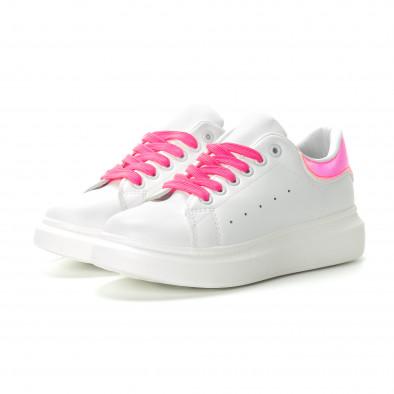Γυναικεία λευκά sneakers με ροζ λεπτομέρειες it270219-9 4