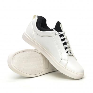 Ανδρικά λευκά sneakers με μαύρη λεπτομέρεια it051219-6 4