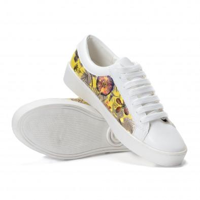 Γυναικεία λευκά sneakers από οικολογικό δέρμα με πέρλες και κίτρινα μοτίβα it240118-54 5
