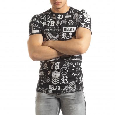 Ανδρική μαύρη κοντομάνικη μπλούζα με σύμβολα it150419-72 2