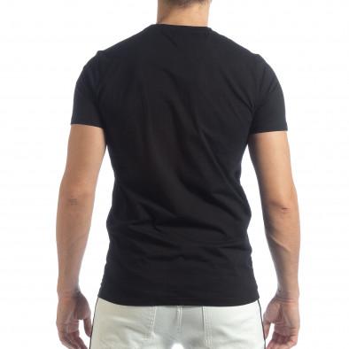 Ανδρική μαύρη κοντομάνικη μπλούζα με κέντημα it040219-116 4