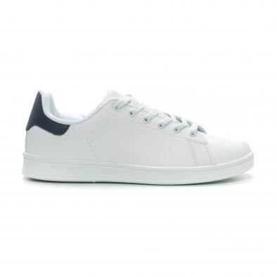 Ανδρικά Basic λευκά sneakers με μπλε λεπτομέρεια it150319-12 2
