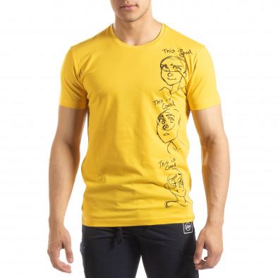 Ανδρική κίτρινη κοντομάνικη μπλούζα με πριντ it150419-56 2
