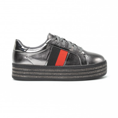 Γυναικεία ασημί sneakers με στρασάκια και πλατφόρμα it150818-45 2 ... d42575e1769