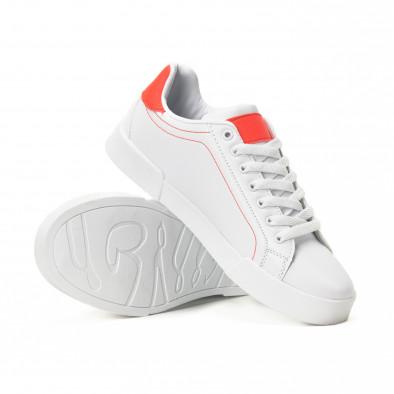 Ανδρικά λευκά Basic sneakers με κόκκινες λεπτομέρειες it150818-23 4