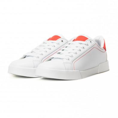 Ανδρικά λευκά Basic sneakers με κόκκινες λεπτομέρειες it150818-23 3
