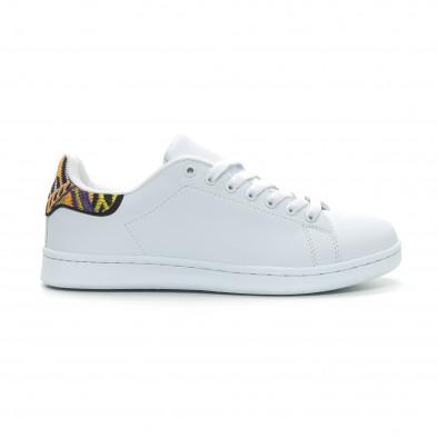 8ea49f5f9e21 Ανδρικά λευκά sneakers με λεπτομέρεια κέντημα it150319-6 - Fashionmix.gr