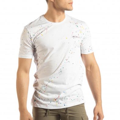 Ανδρική λευκή κοντομάνικη μπλούζα με διακοσμητικές πιτσιλιές μπογιάς it150419-88 2