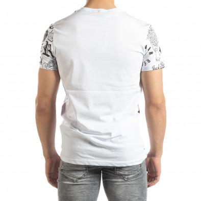 Ανδρική λευκή κοντομάνικη μπλούζα με σύμβολα it150419-71 3