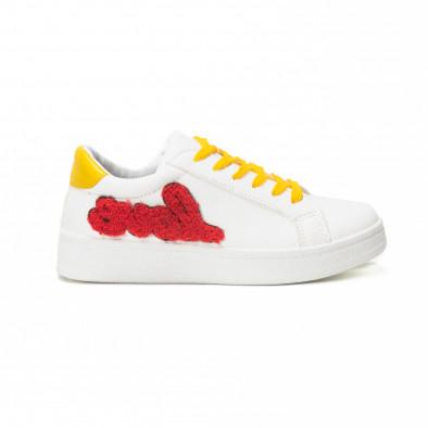 Γυναικεία λευκά sneakers με κίτρινα κορδόνια και κόκκινες λεπτομέρειες it150818-60 2