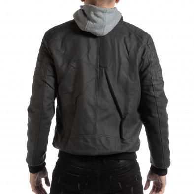 Ανδρικό μαύρο μπουφάν από συνθετικό δέρμα   it261018-121 4