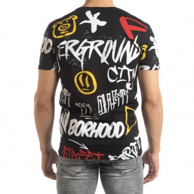 Ανδρική μαύρη κοντομάνικη μπλούζα με γκράφιτι it150419-63 3