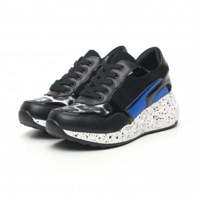 Γυναικεία μαύρα αθλητικά παπούτσια με λεπτομέρειες από λουστρίνι και μπλε it281019-14 3