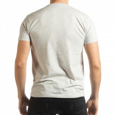 Ανδρική γκρι μελάνζ κοντομάνικη μπλούζα με πριντ tsf190219-71 3