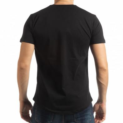 Ανδρική μαύρη κοντομάνικη μπλούζα με πριντ tsf190219-20 3