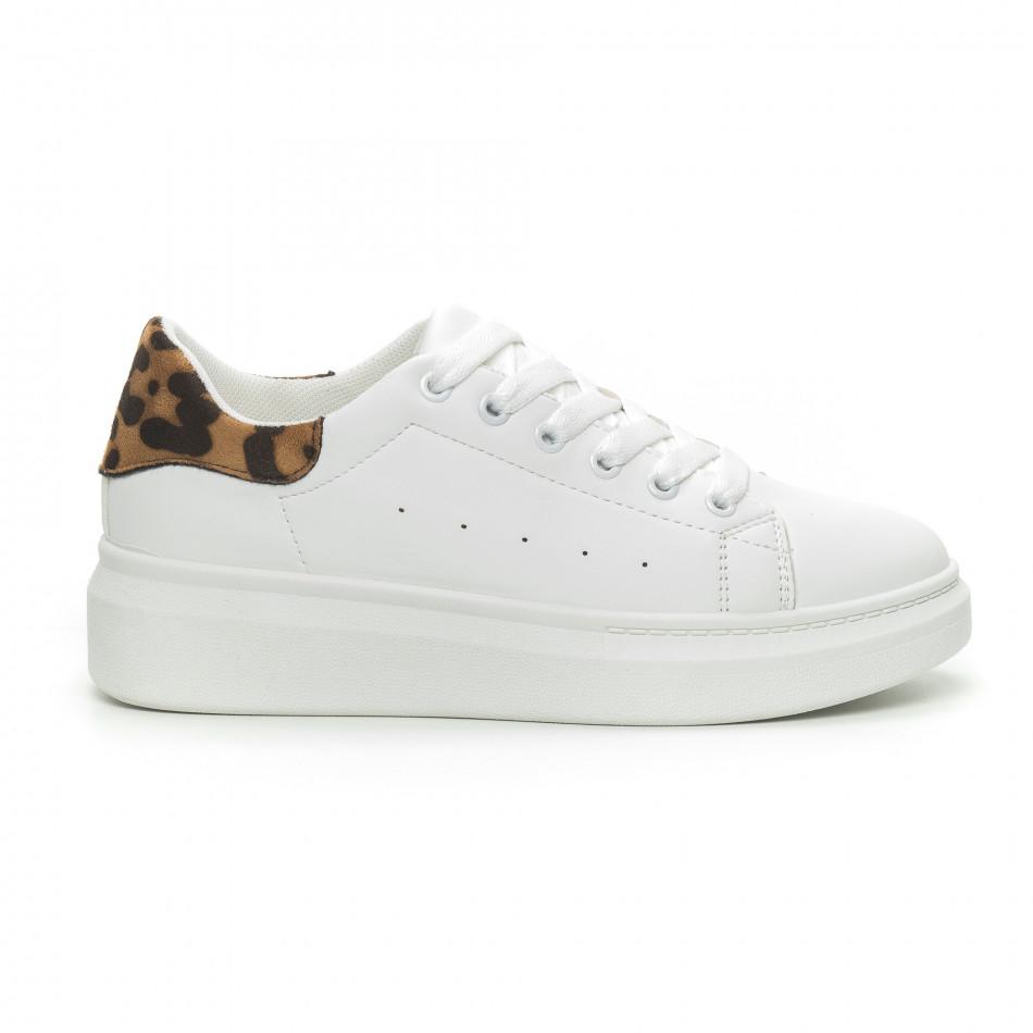 Γυναικεία λευκά sneakers με λεοπάρ λεπτομέρεια it150319-44
