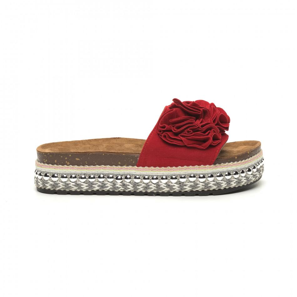 Γυναικείες κόκκινες παντόφλες με πλατφόρμα και διακόσμηση it050619-43