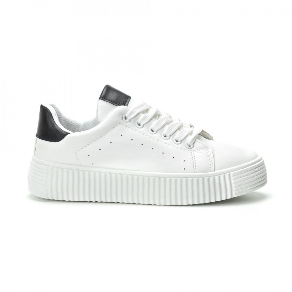 Γυναικεία λευκά sneakers με μαύρη λεπτομέρεια it250119-65