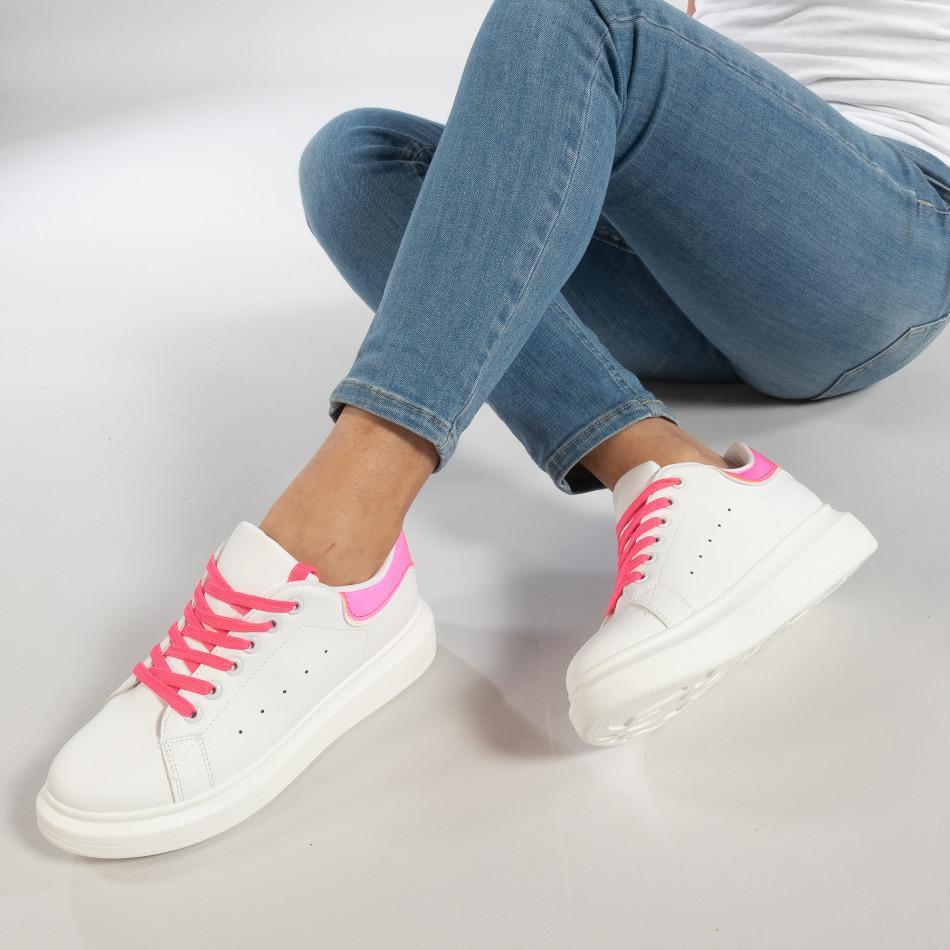 Γυναικεία λευκά sneakers με ροζ λεπτομέρειες it270219-9