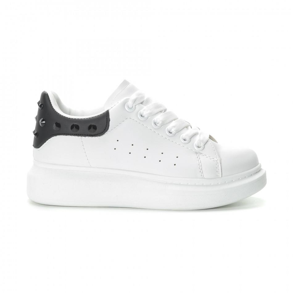 Γυναικεία λευκά sneakers με μαύρη λεπτομέρεια και τρουκς it270219-11