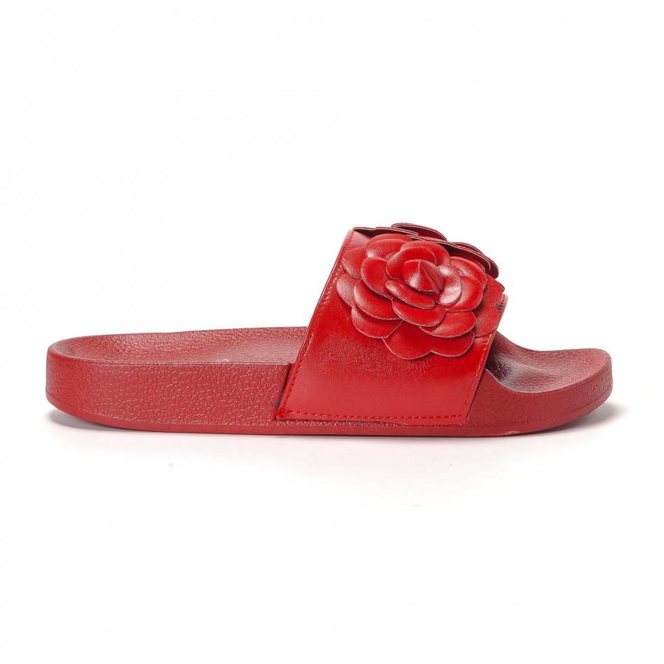 Γυναικείες κόκκινες παντόφλες με διακοσμητικά λουλούδια it230418-20