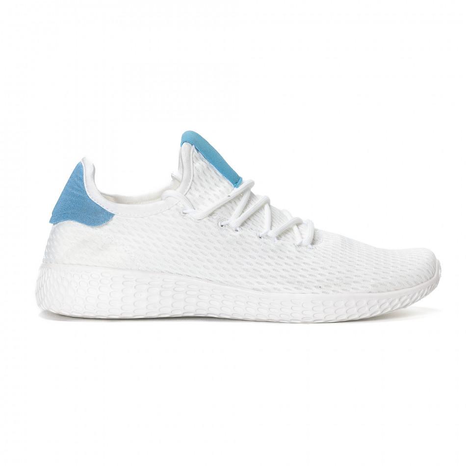 Ανδρικά λευκά ελαφρία αθλητικά παπούτσια με γαλάζιες λεπτομέρειες it240418-27