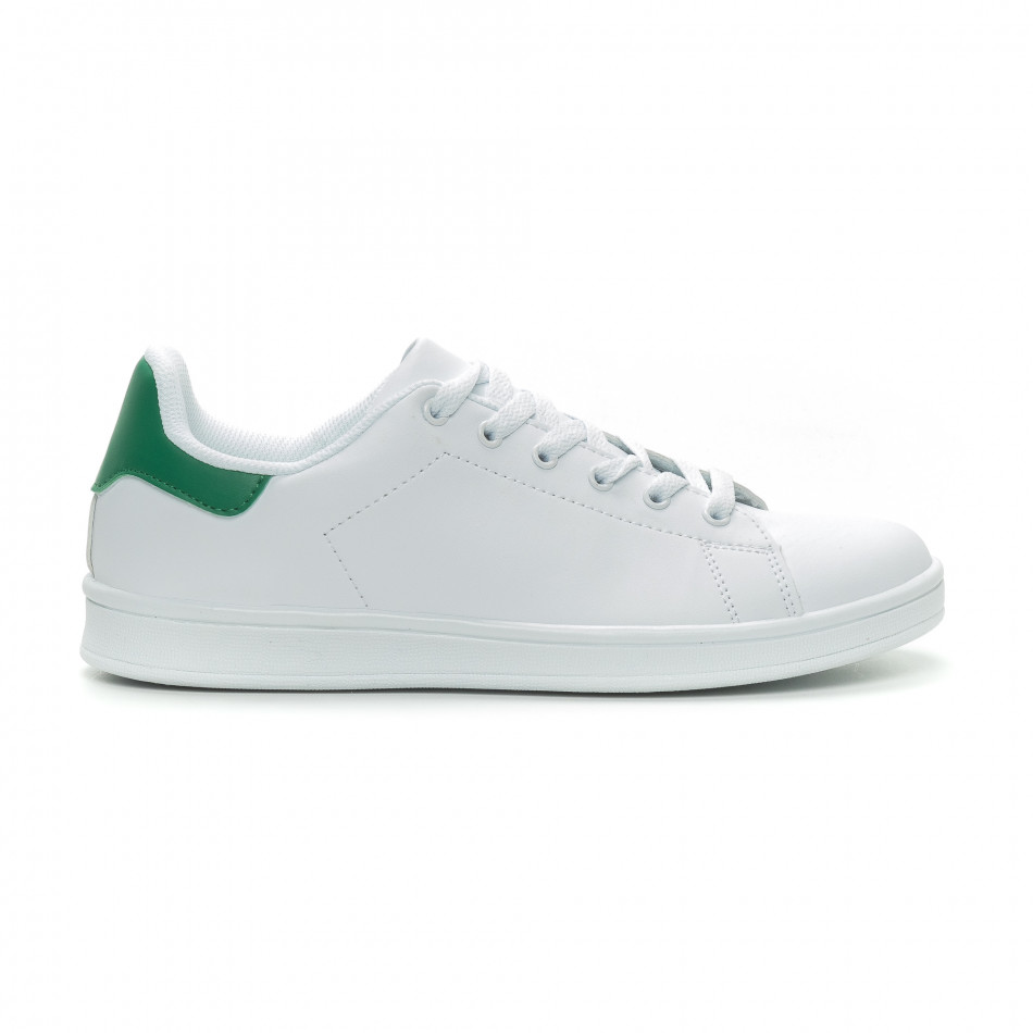 Ανδρικά Basic λευκά sneakers με πράσινη λεπτομέρεια it150319-11