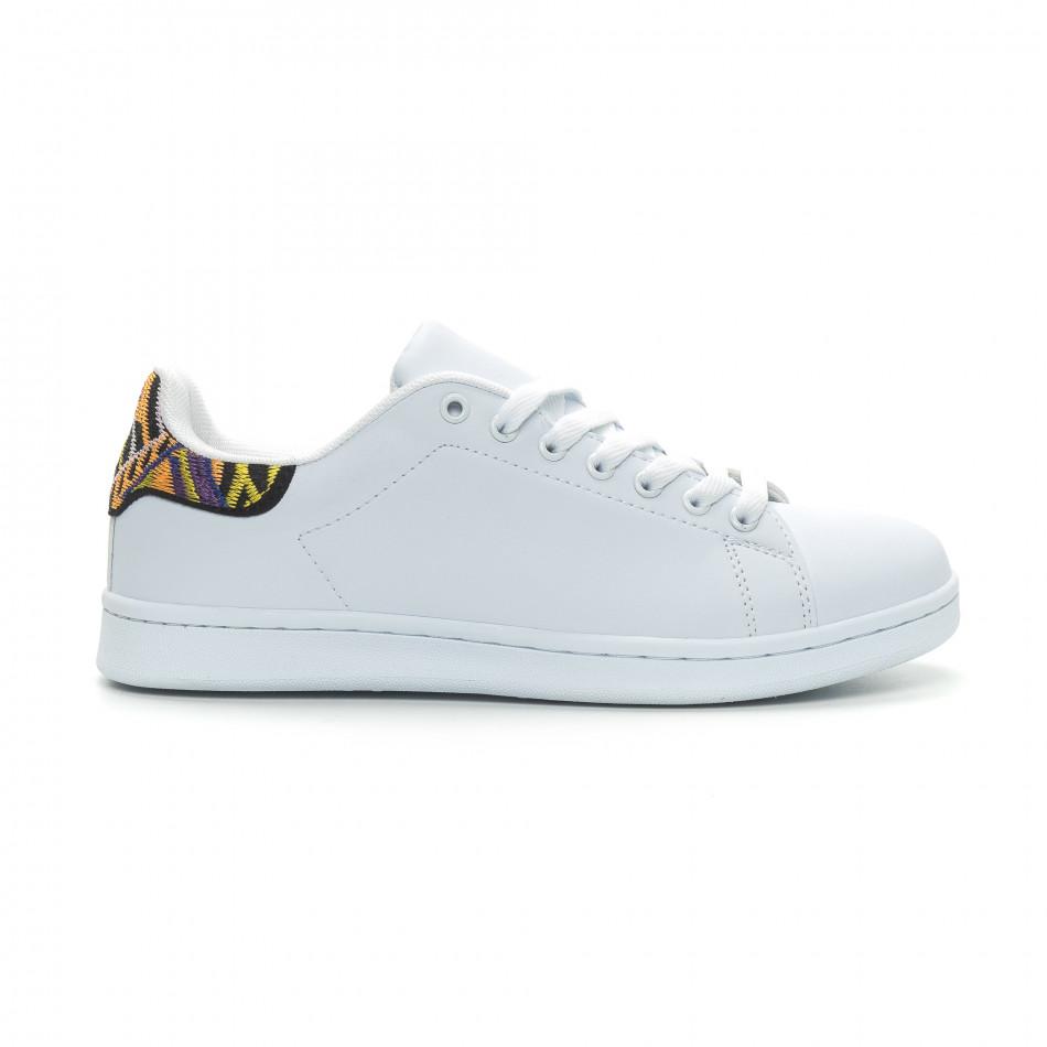Ανδρικά λευκά sneakers με λεπτομέρεια κέντημα it150319-6