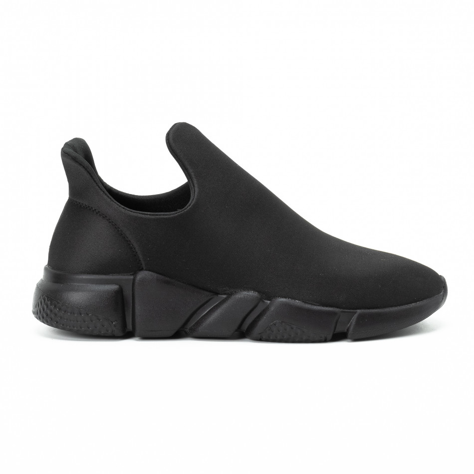 Ανδρικά μαύρα slip-on αθλητικά παπούτσια All black από νεοπρέν it140918-15