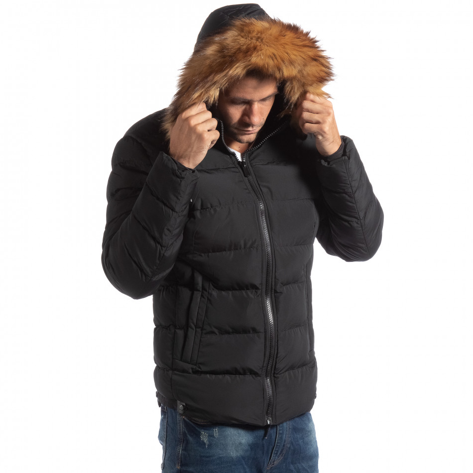 Ανδρικό μαύρο χειμωνιάτικο μπουφάν με επένδυση γούνα it250918-76