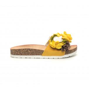 Γυναικείες κίτρινες παντόφλες με φλοράλ μοτίβο