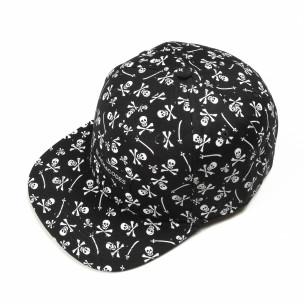 Μαύρο καπέλο με νεκροκεφαλές