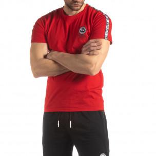 Ανδρική κόκκινη κοντομάνικη μπλούζα με λογότυπο