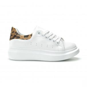 Γυναικεία λευκά sneakers με λεοπάρ λεπτομέρεια