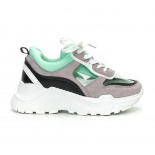 Γυναικεία πράσινα αθλητικά παπούτσια με διαφάνειες