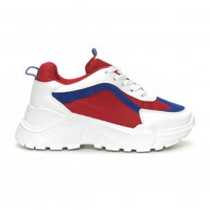 Γυναικεία αθλητικά παπούτσια σε συνδυασμό κόκκινου, λευκού και μπλε